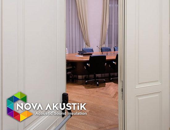 ses geçirmez toplantı odası kapıları